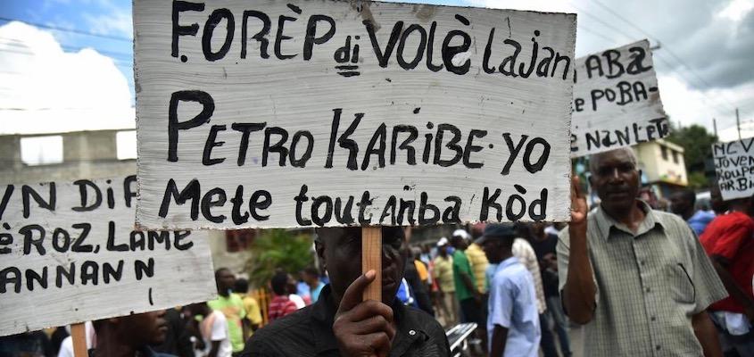 Протесты на Гаити раскрывают ложь демократии.
