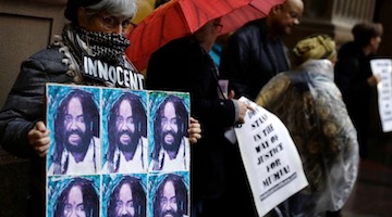 "Mumia: Media Joined the ""War Against Assange"""